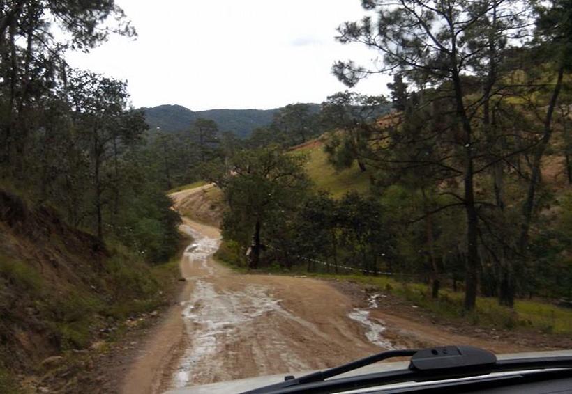 Sin presupuesto para los caminos rurales de la Mixteca de Oaxaca