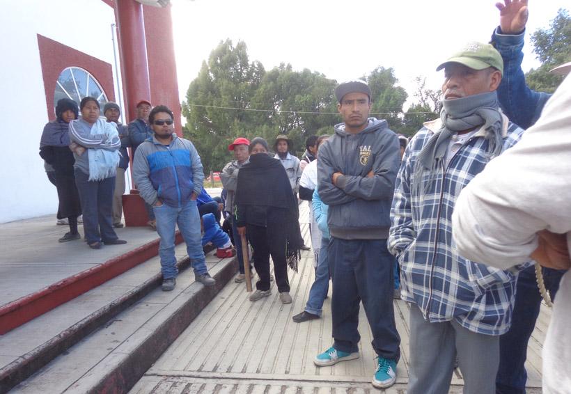 Toman el ayuntamiento de Tlaxiaco y retienen maquinaria | El Imparcial de Oaxaca