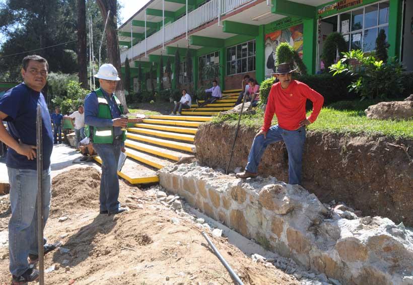 Realizan tequio en EST 100 en San Antonio de la Cal | El Imparcial de Oaxaca