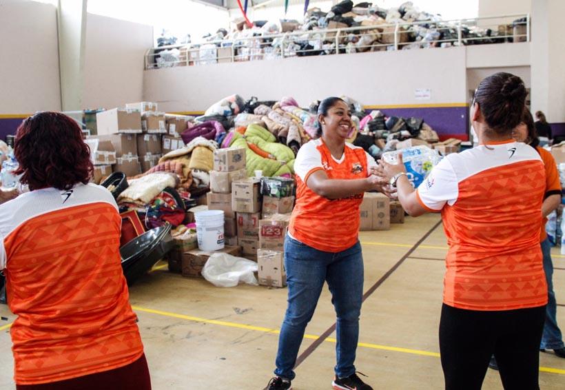 Alebrijes entrega apoyos a damnificados por sismos