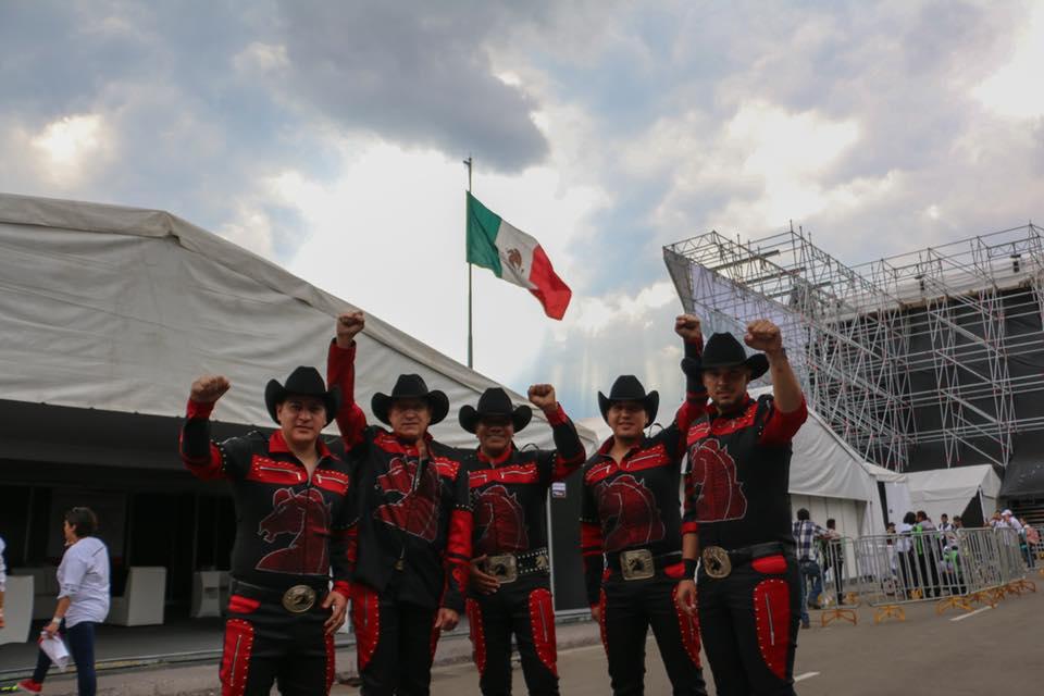 Bronco canta El Corrido de Miguel Rivera inspirado en Coco | El Imparcial de Oaxaca