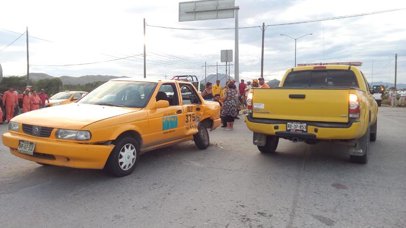 Choque frontal en Salina Cruz, Oaxaca | El Imparcial de Oaxaca