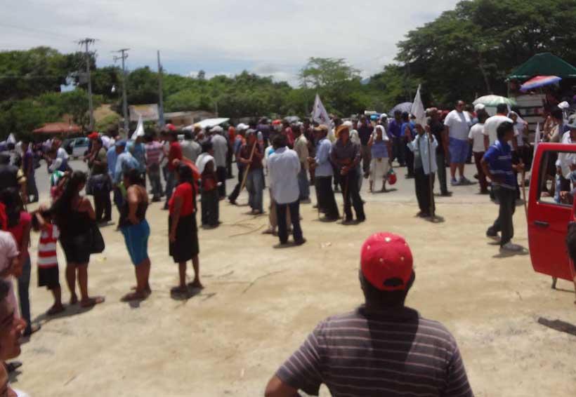 Amaga Codedi con tomar  oficinas de la Sagarpa en la Costa | El Imparcial de Oaxaca