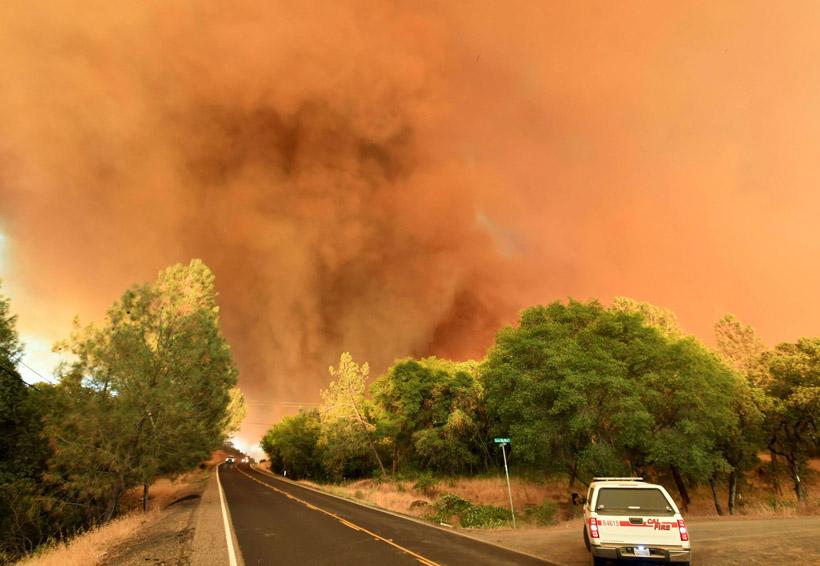 Un muerto y mil 500 edificios destruidos por incendios en California | El Imparcial de Oaxaca