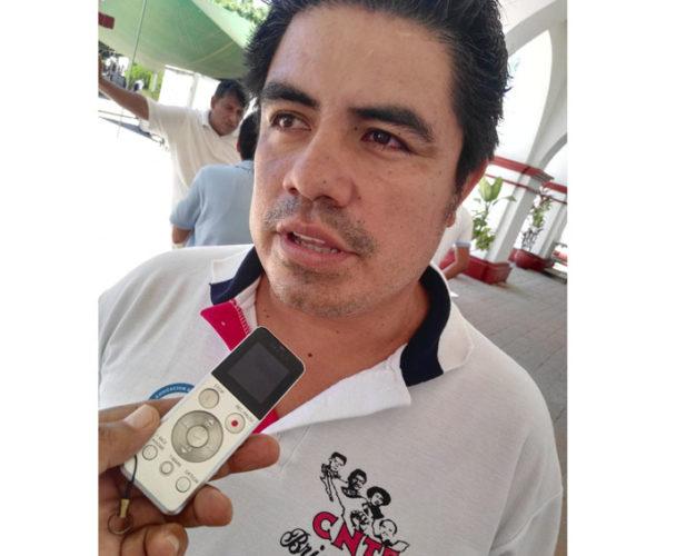 Docentes de la Costa de Oaxaca anuncian movilizaciones