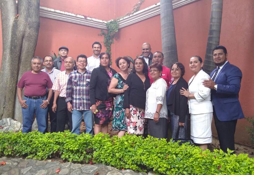 Reconocen  su labor  de los trabajadores de la Casa de la Cultura | El Imparcial de Oaxaca