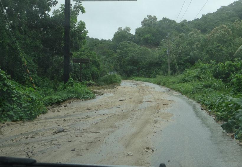 Lluvias provocan inundación en Mazunte, Oaxaca