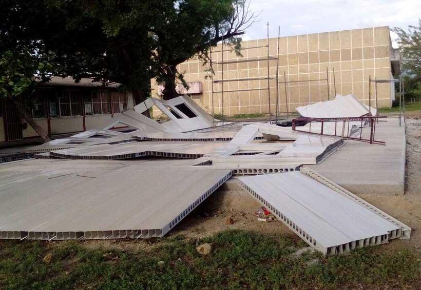 Inflan costo de aulas provisionales en el Istmo | El Imparcial de Oaxaca