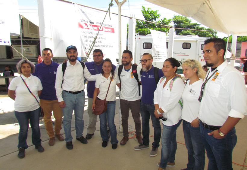 Psicólogos de Nuevo León realizan actividades en el Istmo de Oaxaca