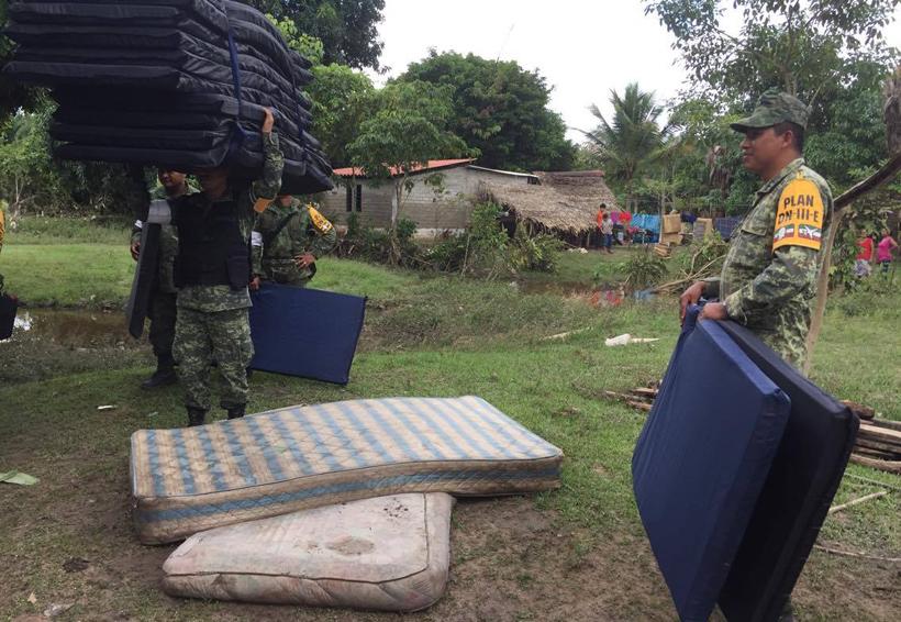 En Tuxtepec apoyo tras inundación