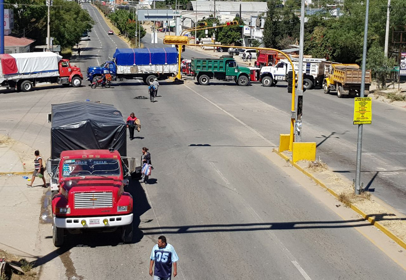 Doña Carmen, una de las miles de afectadas por los bloqueos en Oaxaca | El Imparcial de Oaxaca