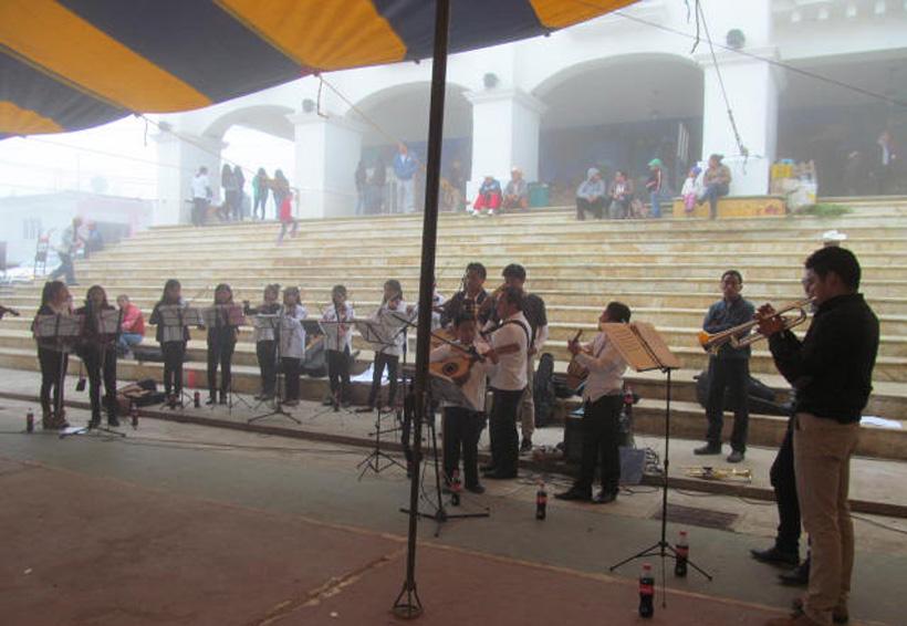 Huautlecos desperdician talento  artístico de nuevas generaciones | El Imparcial de Oaxaca
