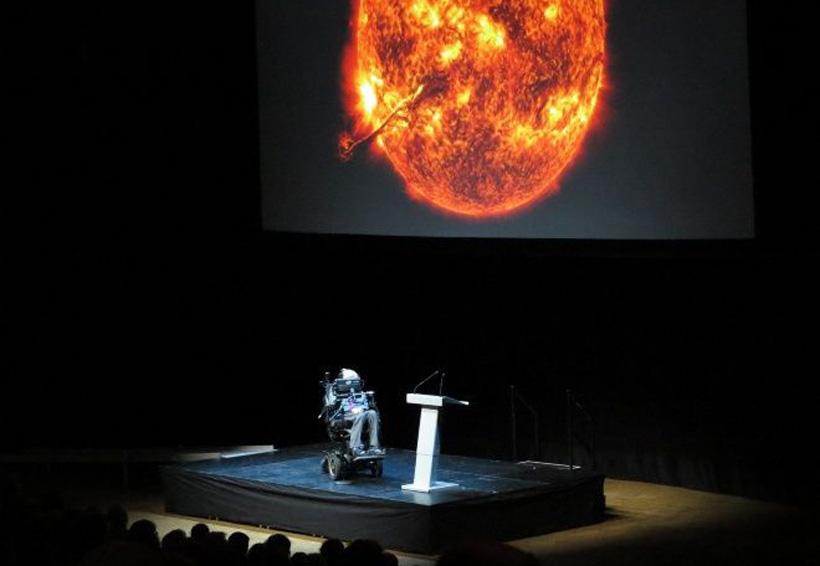 Stephen Hawking predice lo peor para la Tierra y quiere huir | El Imparcial de Oaxaca