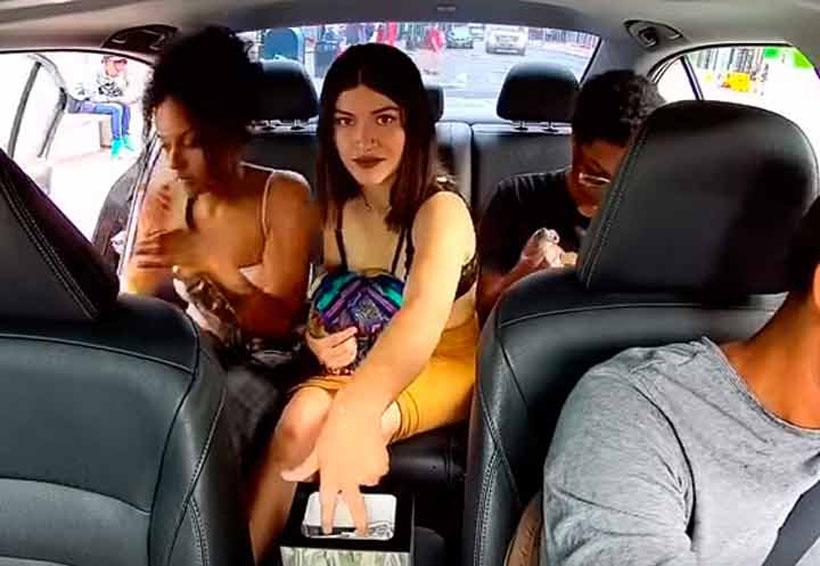 Video: Mujer se roba propinas de conductor de Uber antes de bajar | El Imparcial de Oaxaca
