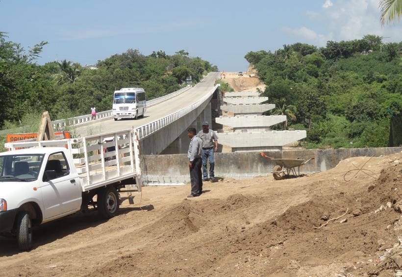 Anuncia el gobernador del estado el reinicio de la autopista a la Costa en Oaxaca | El Imparcial de Oaxaca