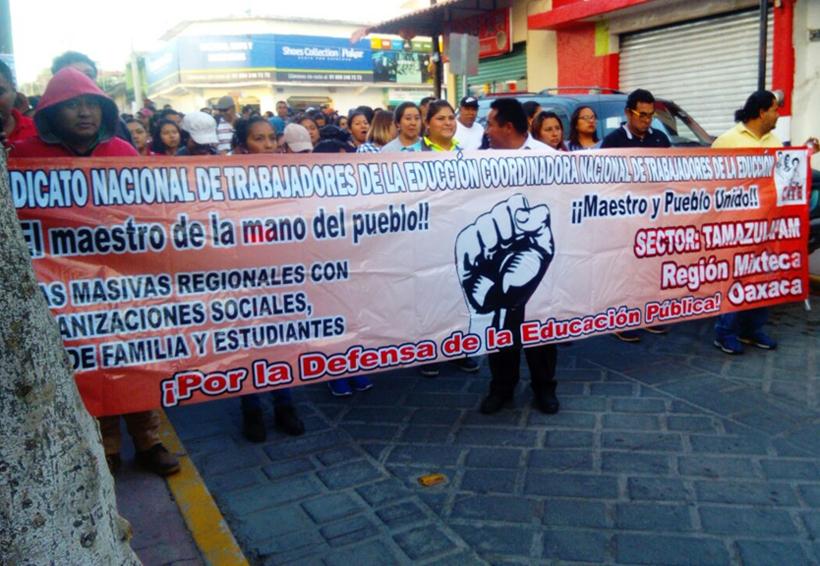 En la Mixteca de Oaxaca exige la rehabilitación  de escuelas tras sismo