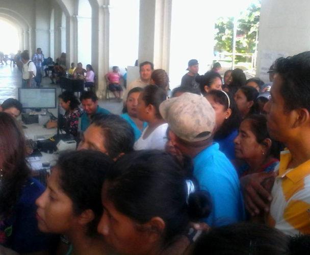 Crean Frente de Damnificados en Santo Domingo Tehuantepec, Oaxaca