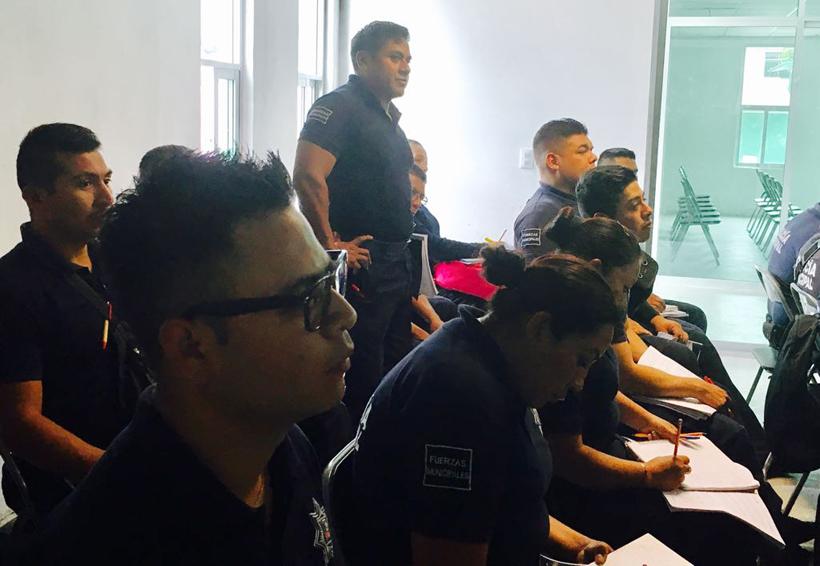 Policías de Huajuapan cursan  licenciatura en criminalística
