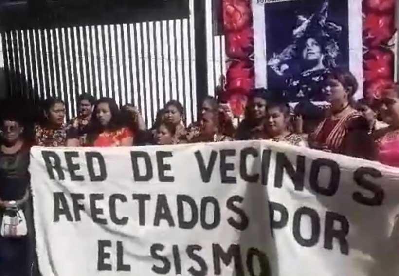 Mujeres de Juchitán se plantan frente a la  Cámara de Senadores | El Imparcial de Oaxaca