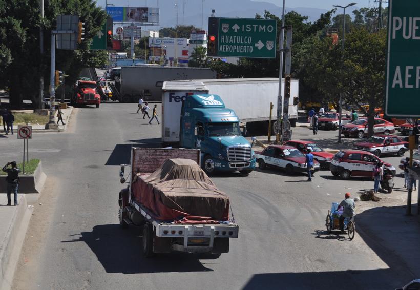 Hartazgo social provocan los constantes bloqueos en Oaxaca | El Imparcial de Oaxaca