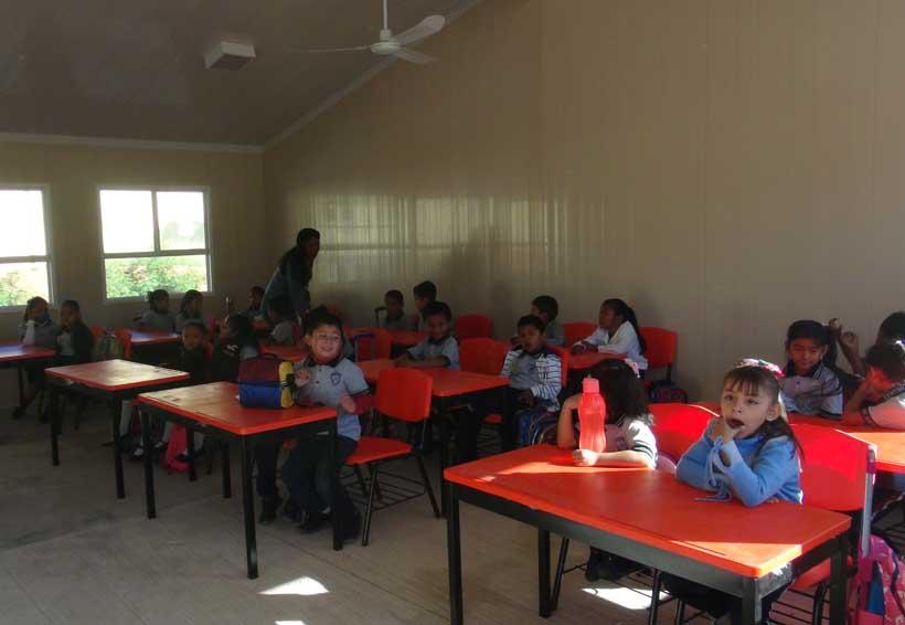 Aún con miedo reanudan clases en Juchitán, Oaxaca