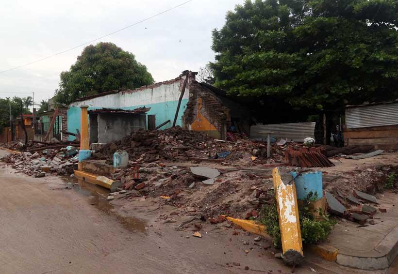Persisten amenazas contra damnificados del 7-S en el Istmo de Tehuantepec | El Imparcial de Oaxaca