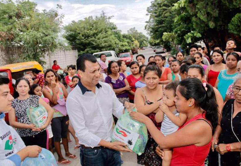 La filantropía partidista | El Imparcial de Oaxaca