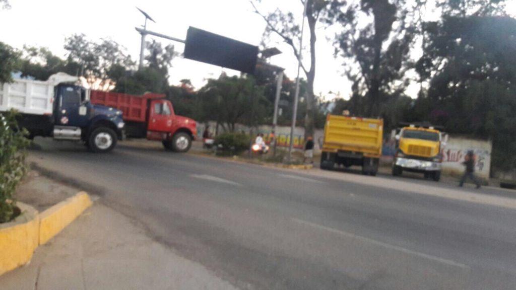 Amanece con bloqueos la ciudad de Oaxaca | El Imparcial de Oaxaca