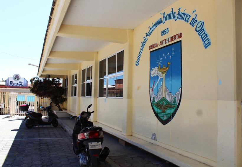 Se quedan sin clases alumnos de la UABJO en Huajuapan | El Imparcial de Oaxaca