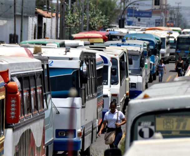 Transportistas de Tuxtepec dicen  no al reordenamiento