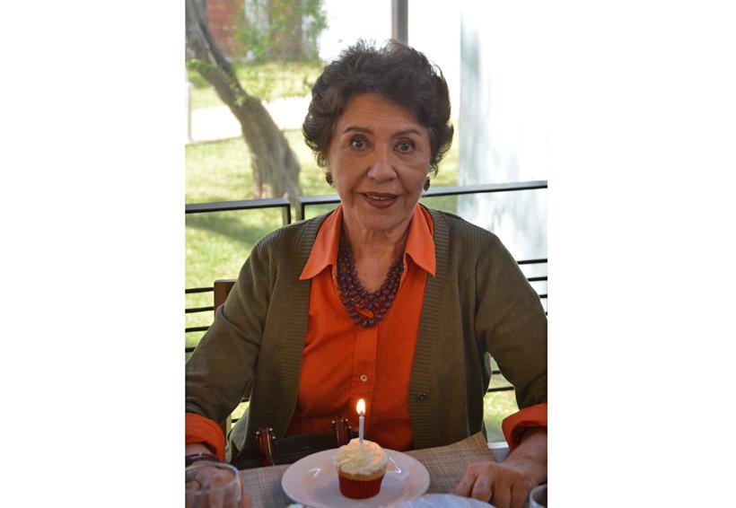 ¡Feliz cumpleaños Adriana!