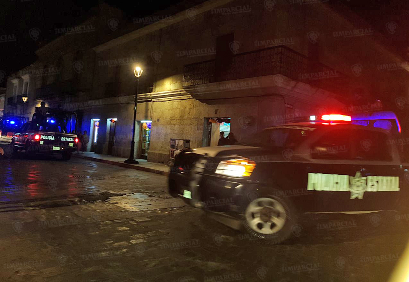 En Oaxaca se disputan a pedradas la Facultad de Derecho | El Imparcial de Oaxaca