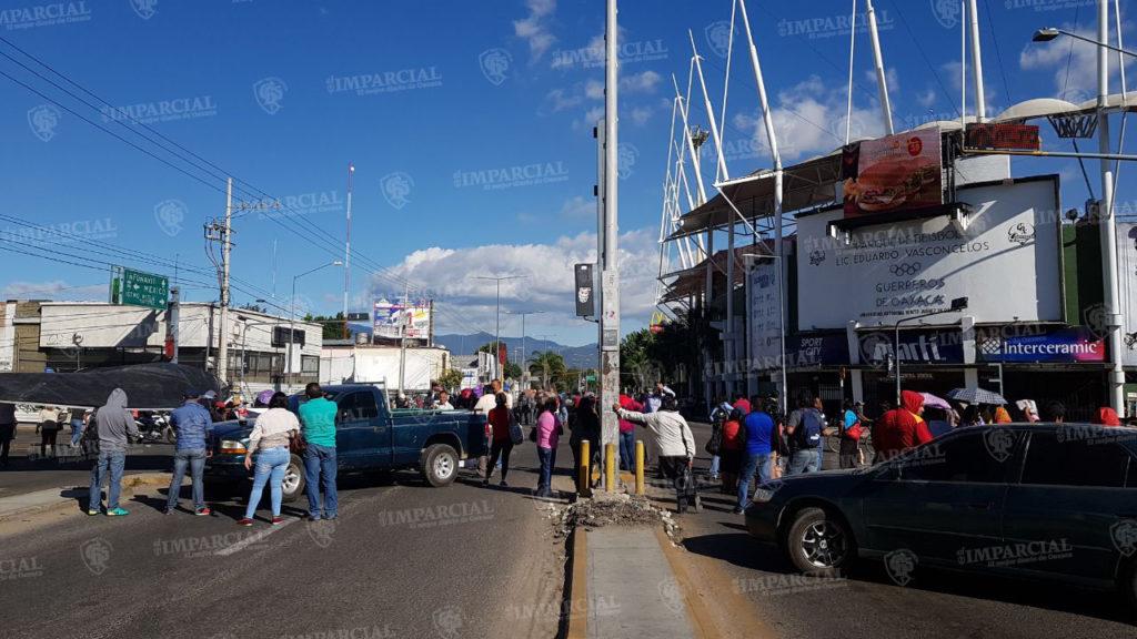 Actualización de bloqueos de la S-22 | El Imparcial de Oaxaca