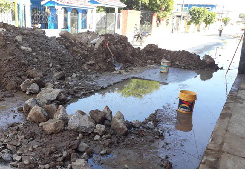 Fuga de agua retrasa obra en Tuxtepec, Oaxaca | El Imparcial de Oaxaca
