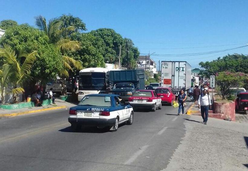 Exigen reparación de escuelas en Santo Domingo Tehuantepec, Oaxaca