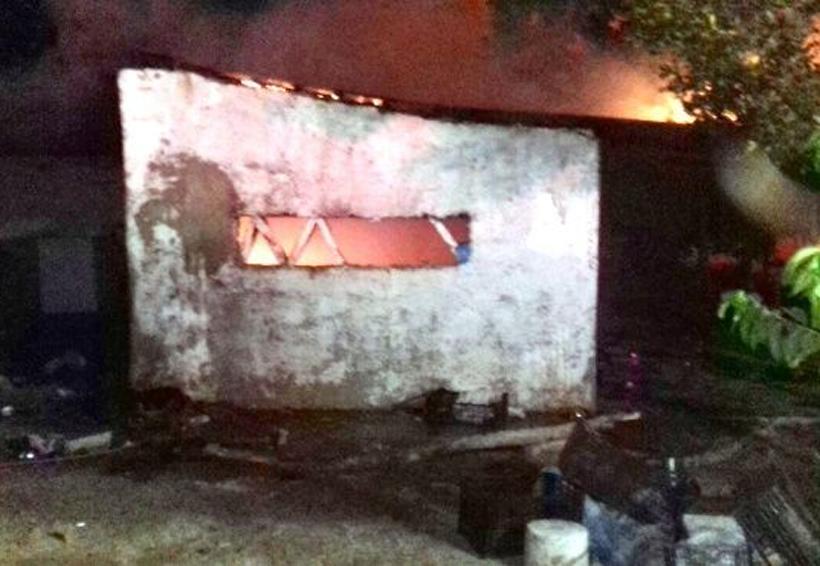 Incendios consumen dos casas | El Imparcial de Oaxaca