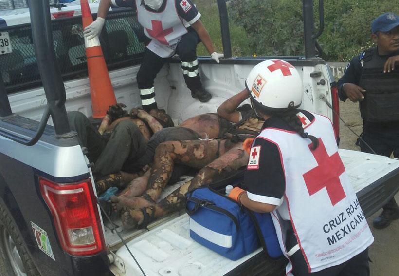 Queman vivos a 3 presuntos ladrones, en Oaxaca