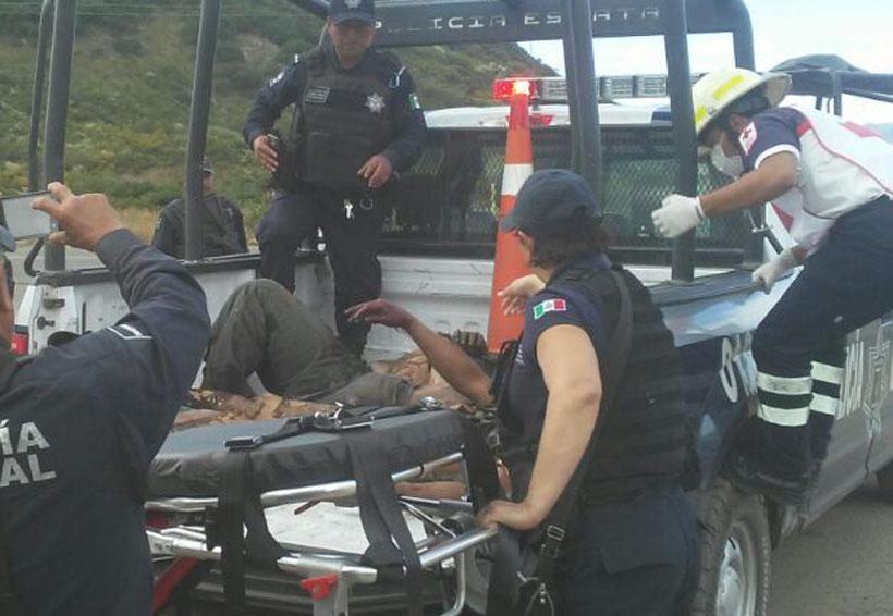 Queman a presuntos ladrones en localidad de Oaxaca