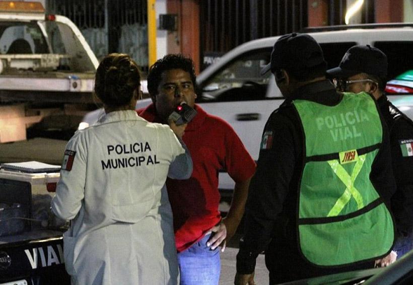 Arrestan a 15 en el alcoholímetro distintos punto de Oaxaca | El Imparcial de Oaxaca