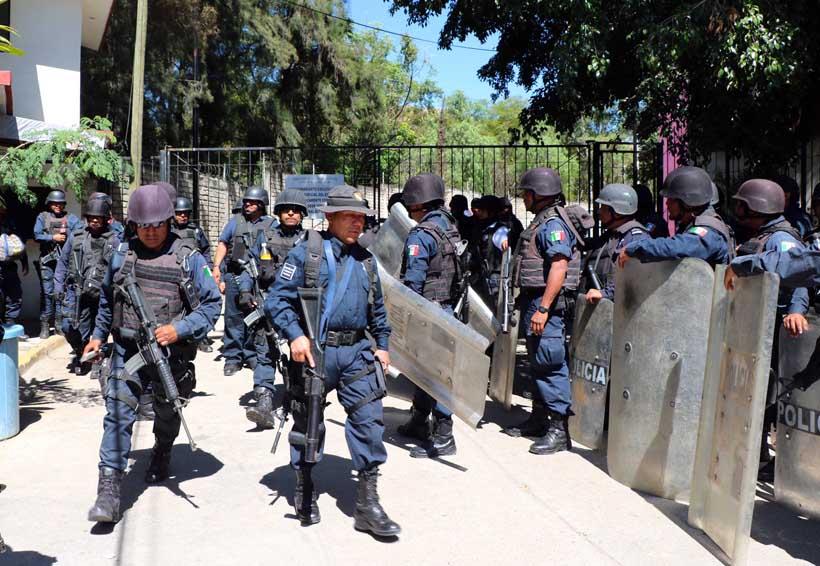 CTM realiza destrozos en juzgados de Santa María Ixcotel, Oaxaca | El Imparcial de Oaxaca