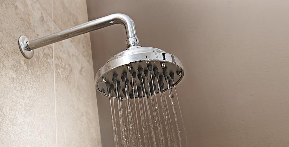 Estudiantes del ipn crean regadera que ahorra agua y energ a for Regadera para ducha