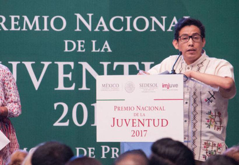 Joven oaxaqueño gana Premio Nacional de la Juventud 2017 | El Imparcial de Oaxaca