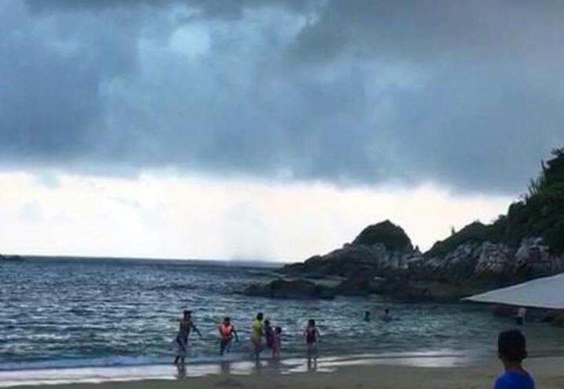 Sin daños por tromba marina en Oaxaca | El Imparcial de Oaxaca