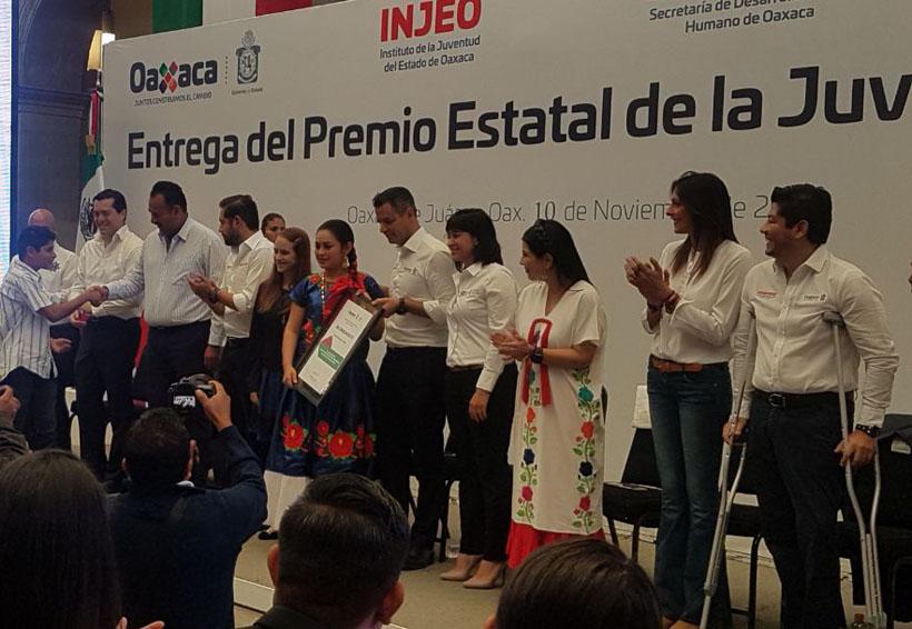 Gana Yatsiris Gómez, Premio Estatal de la Juventud 2017