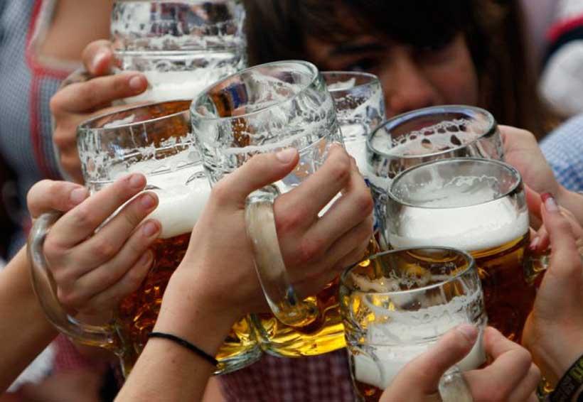 Mujeres adolescentes consumen más alcohol | El Imparcial de Oaxaca