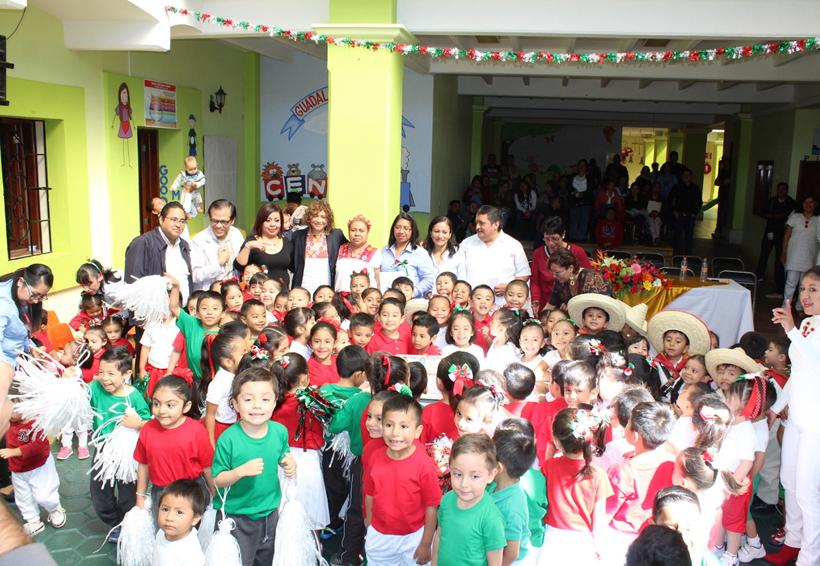 Conmemoran la Revolución Mexicana
