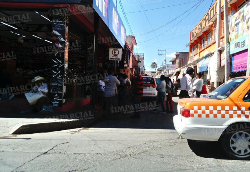 En Huajuapan de León, vecinos piden reubicar el sitio Remigio Sarabia