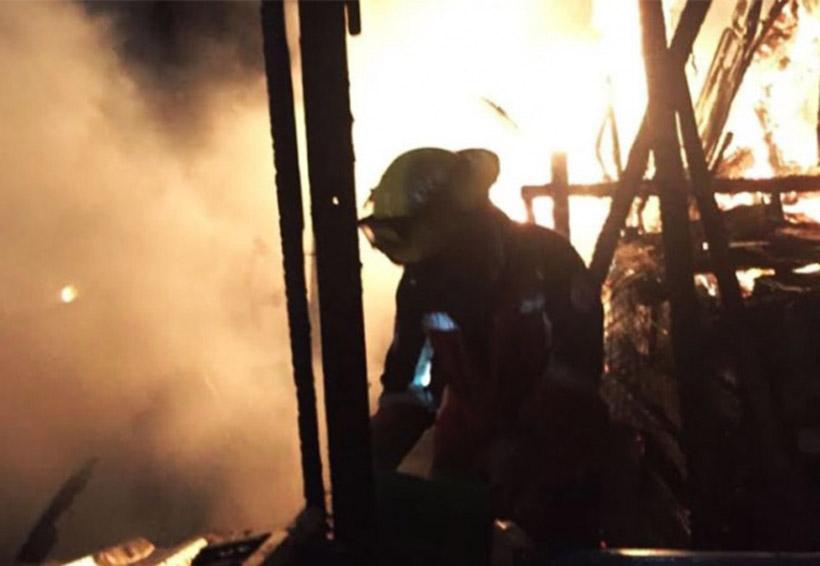Muere niña durante voraz incendio | El Imparcial de Oaxaca