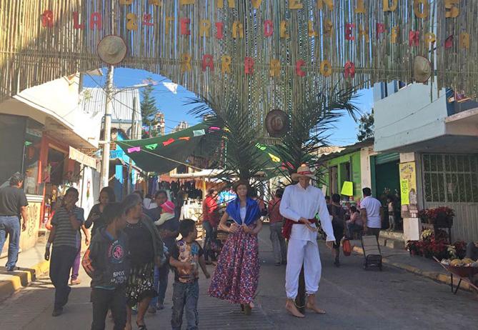 Con éxito comenzó la Feria de la Empanada en San Francisco Telixtlahuaca, Oaxaca | El Imparcial de Oaxaca