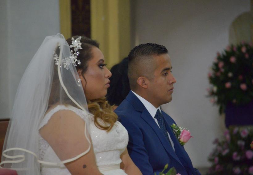Jorge y Karla pronuncian sus votos de matrimonio